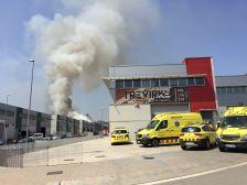 Incendi a l'empresa Química Fácil de Cervelló