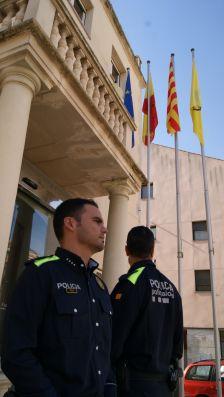 Agents de la Policia Local amb els nous uniformes